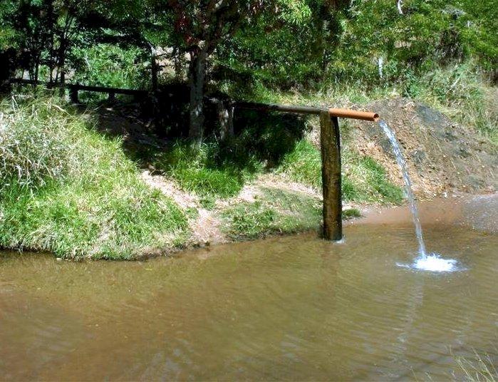 Bica d'água em João Pinheiro MG